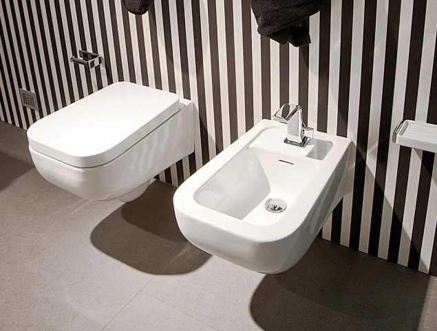 Závěsná keramická WC mísa FLAMINIA Como