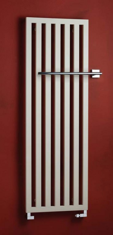 Koupelnový radiátor provedení béžová s chromovým držákem DARIUS
