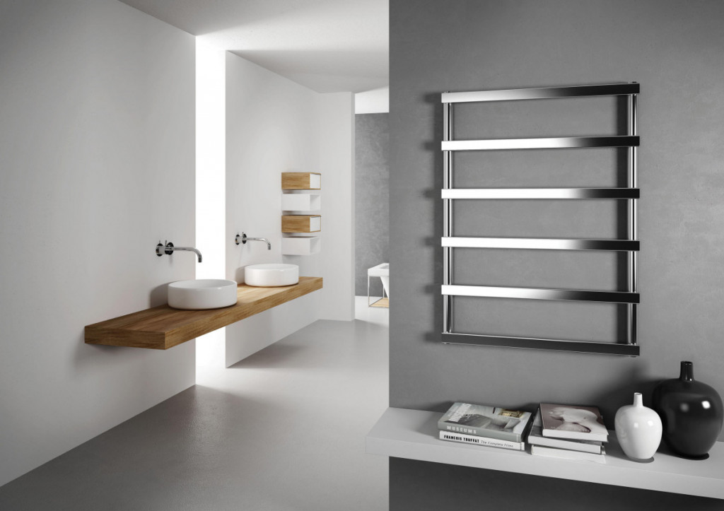 Koupelnový designový radiátor Cordivari ALESSANDRA, leštěná nerez