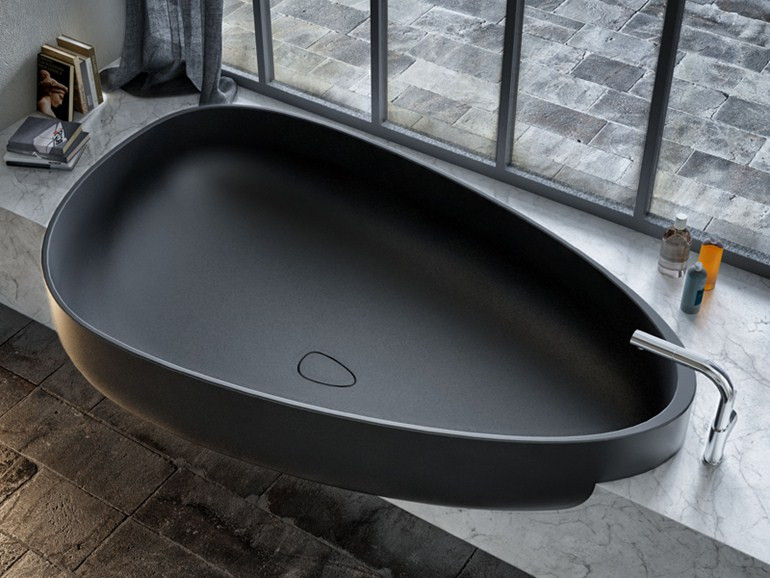 Vana Glass 1989 BEYOND BATH, 185 x 109 cm