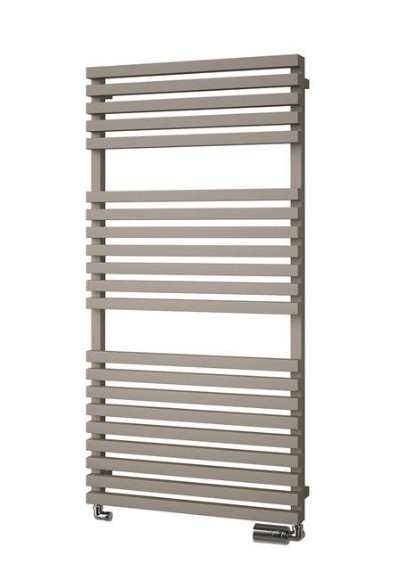 Koupelnový radiátor CLUB EDGE, bílá