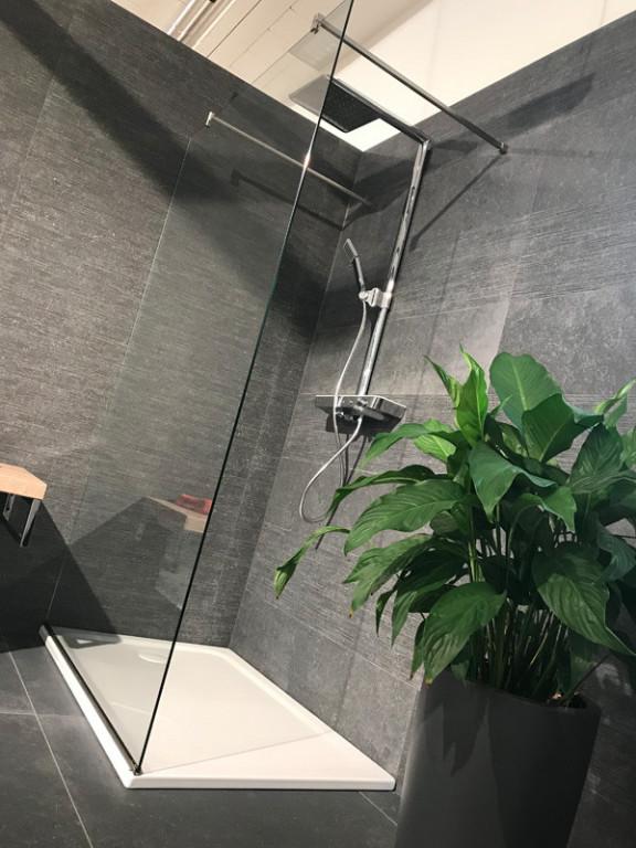 WALK-IN sprchová stěna